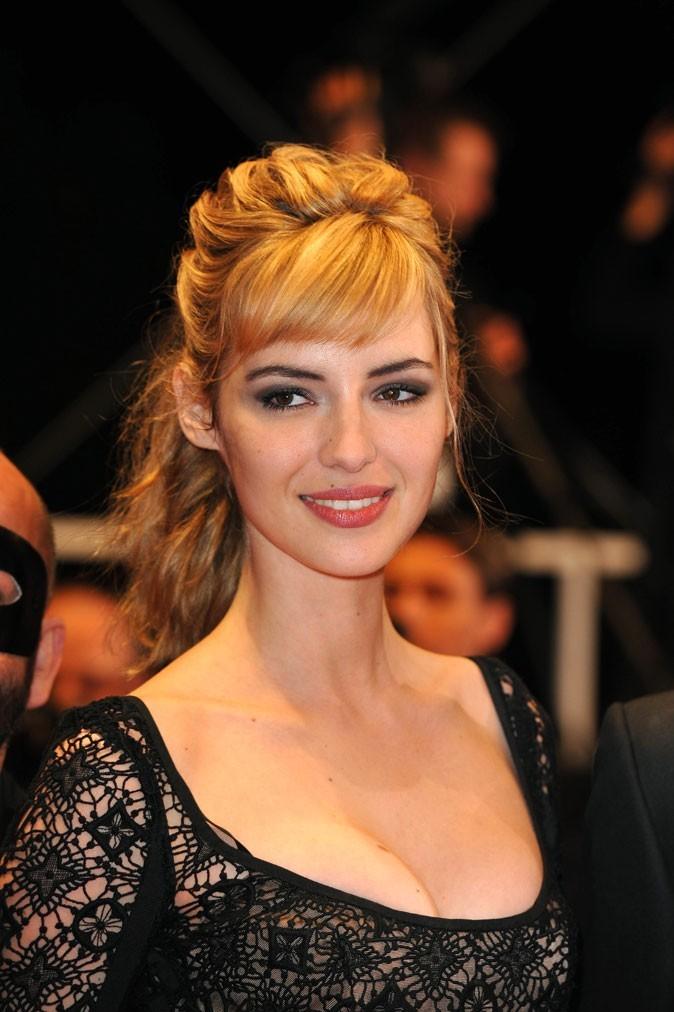 Festival de Cannes 2011 : la coiffure demi-queue de Louise Bourgoin en 2010 !