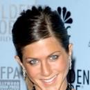 Jennifer Aniston : une coiffure queue de cheval plaquée en janvier 2003