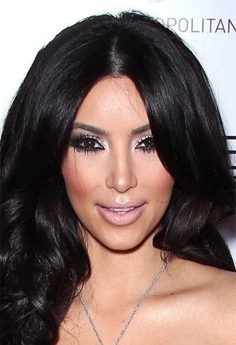 Chirurgie esthétique du visage : unnez sur mesure comme Kim Kardashian