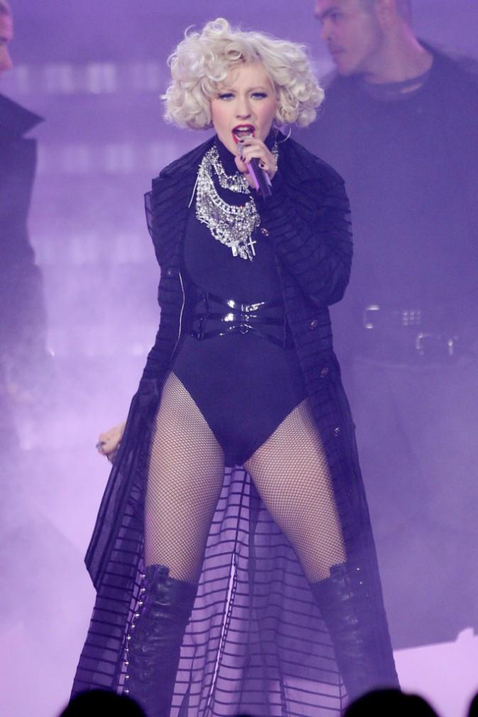 Christina Aguilera commence à abuser des bonnes choses, et ça commence à se voir !