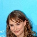 Star brune : les cheveux bruns méchés de Natalie Portman
