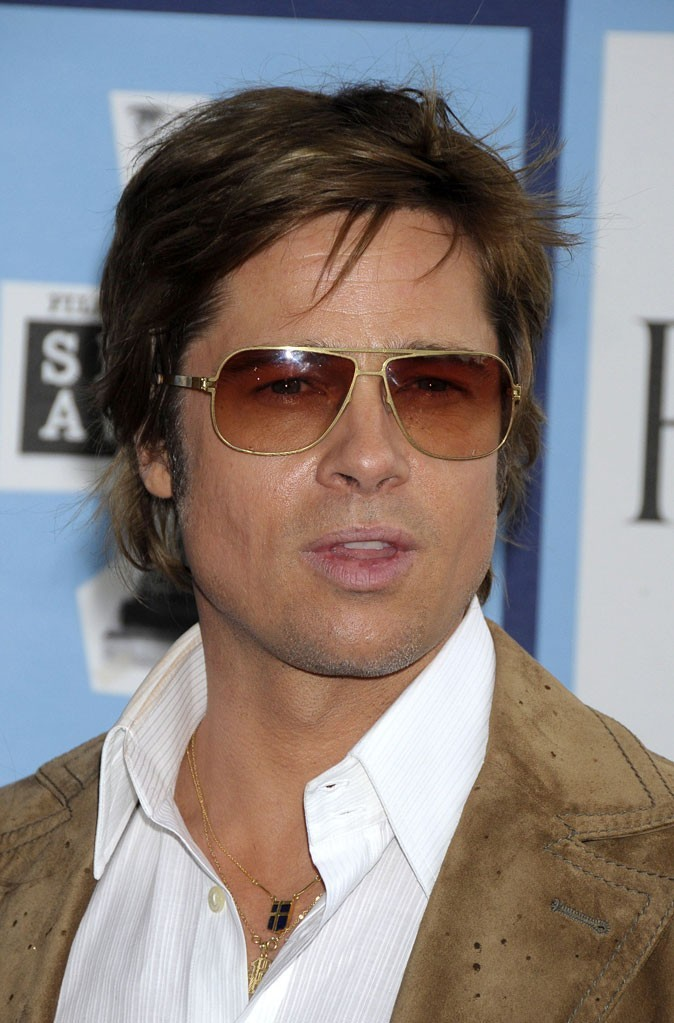 Coiffure de Brad Pitt : des cheveux mi-longs en 2008