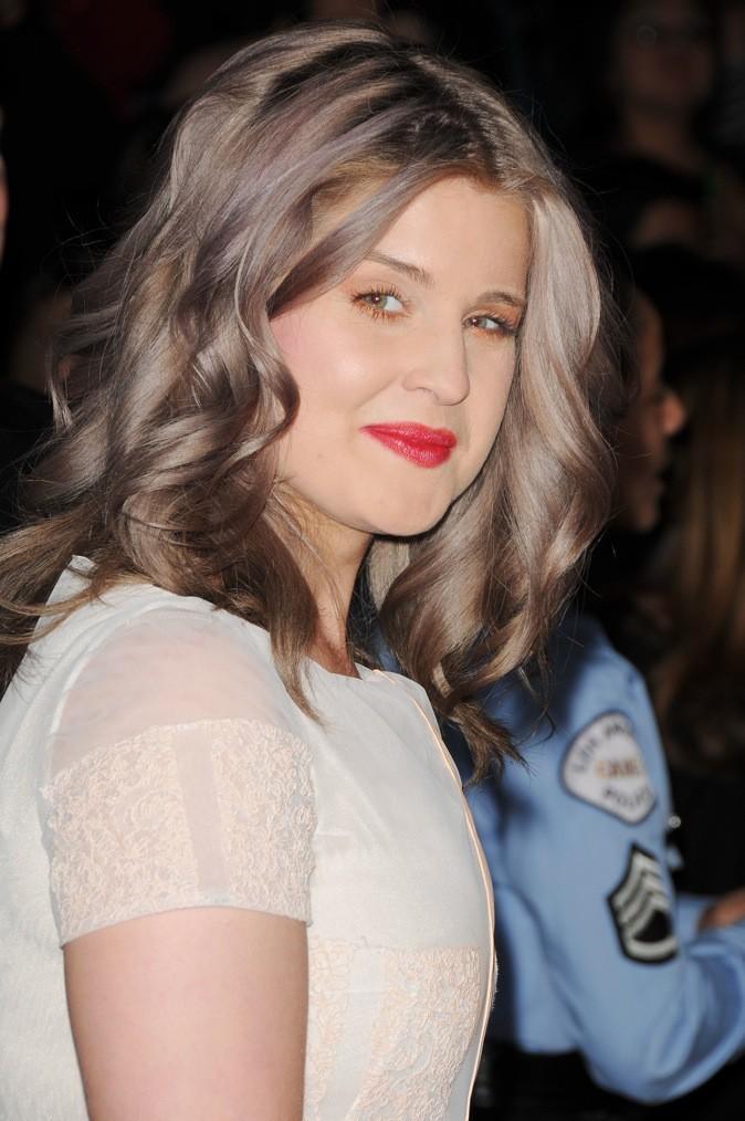 Coiffure de kelly osbourne quelle coloration lui va le mieux votez - Blond platine gris ...