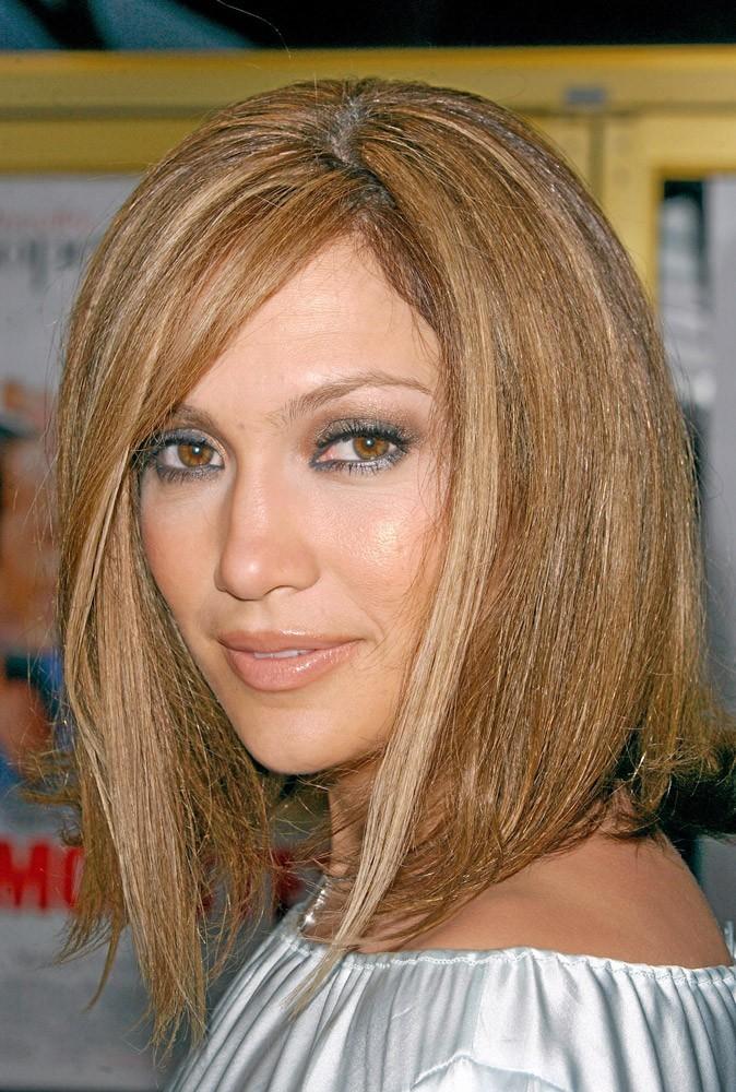 Coiffure de star : le carré plongeant de Jennifer Lopez en 2005 !