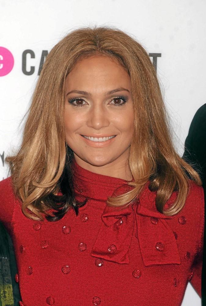 Coiffure de star : les cheveux lachés de Jennifer Lopez en 2008 !