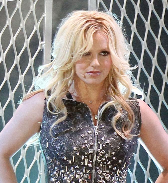 Coiffure de star : les cheveux bouclés de Britney Spears en 2011