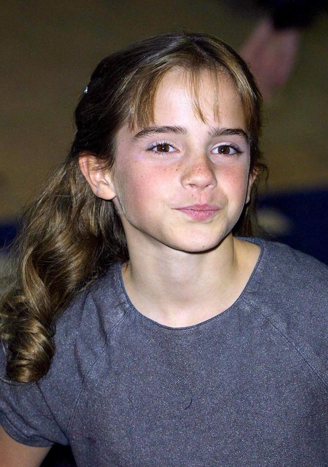 La demie-queue d'Emma Watson en Novembre 2001 !