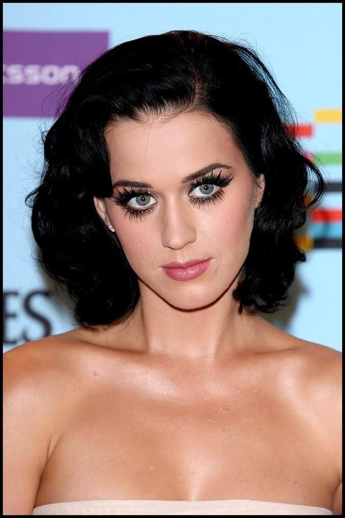 Katy Perry : La reine du changement de coupe a tapé dans le mille avec son carré ondulé