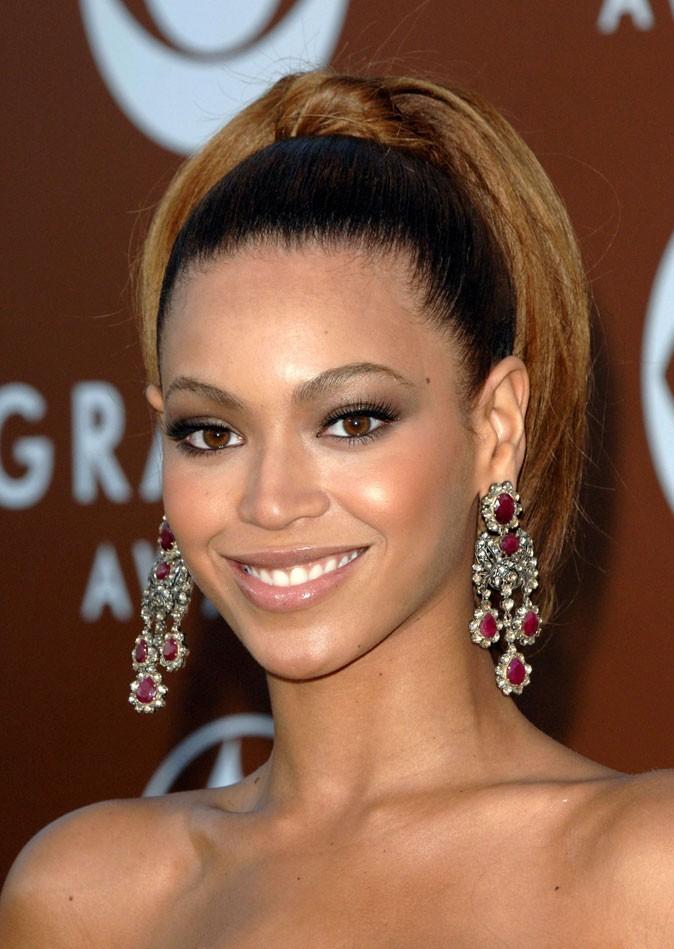 La queue de cheval plaquée de Beyoncé en Février 2006 !
