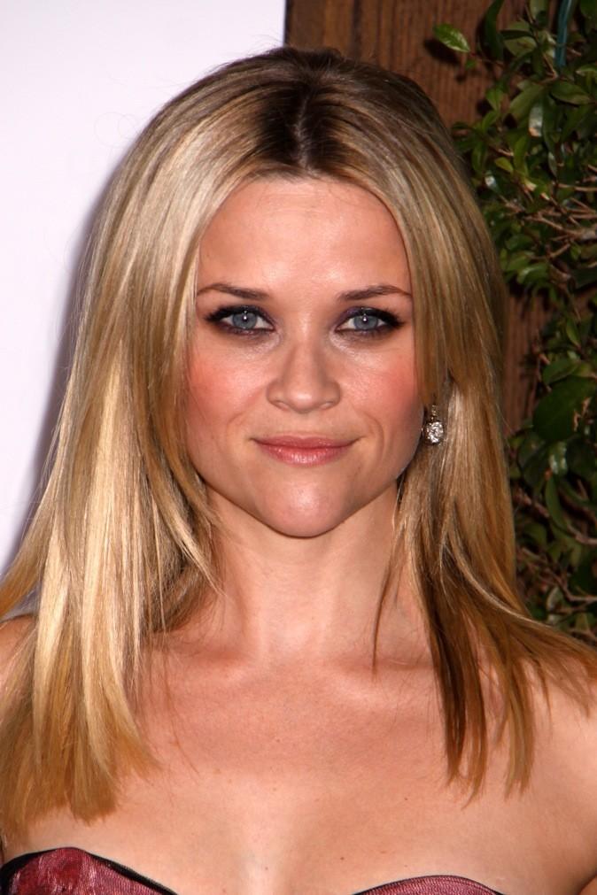 Reese fait sa revanche mais en blonde passée!