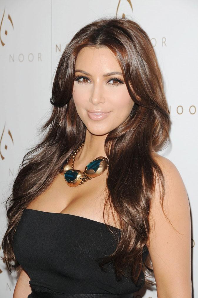 Kim Kardashian : avec des extensions !
