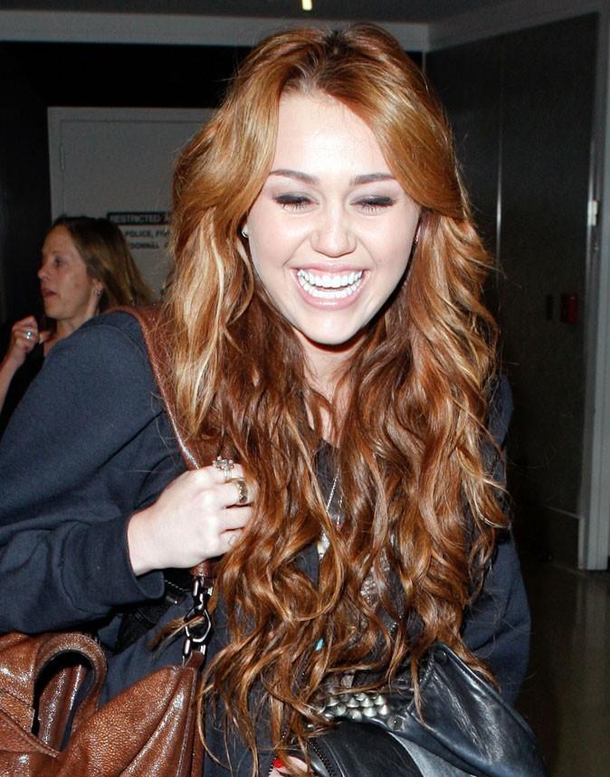 Dents de stars : le sourire de Miley Cyrus aujourd'hui !