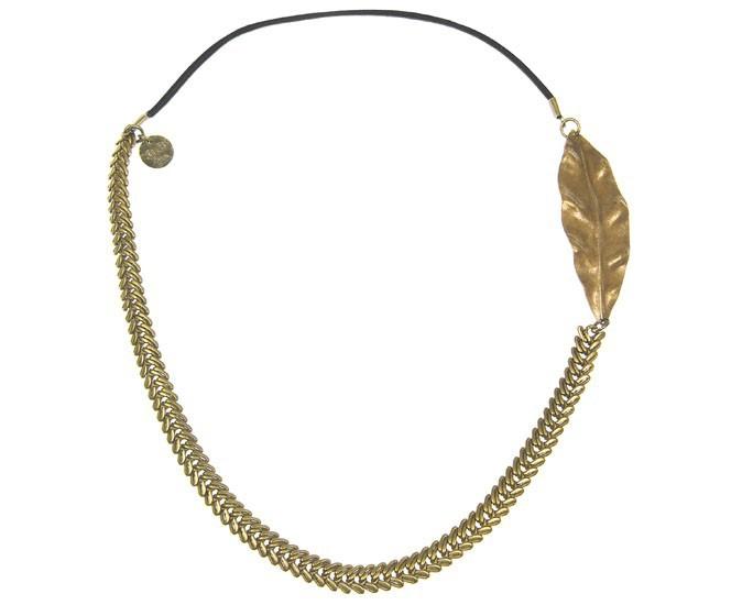 Pour les feignantes : En laiton doré vieilli, Coralie de Seynes sur myfashion.com, 83 €