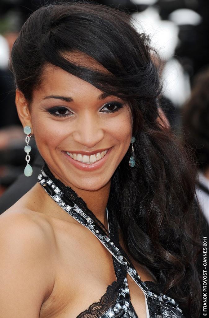 Coiffure de star au Festival de Cannes 2011 : la mèche de Cindy Fabre