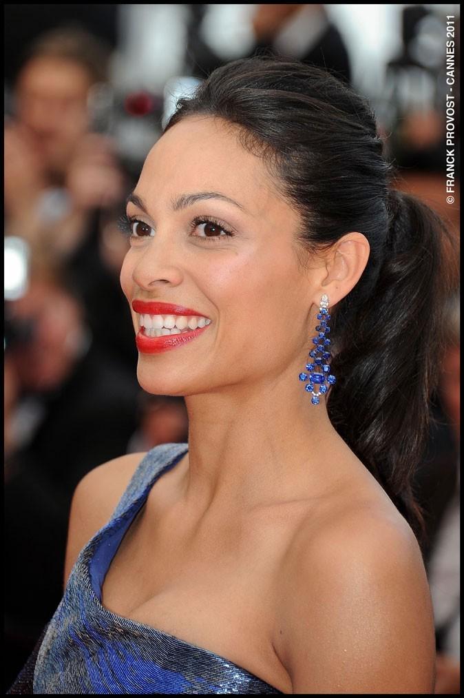 Coiffure de star au Festival de Cannes 2011 : la queue de cheval de Rosario Dawson