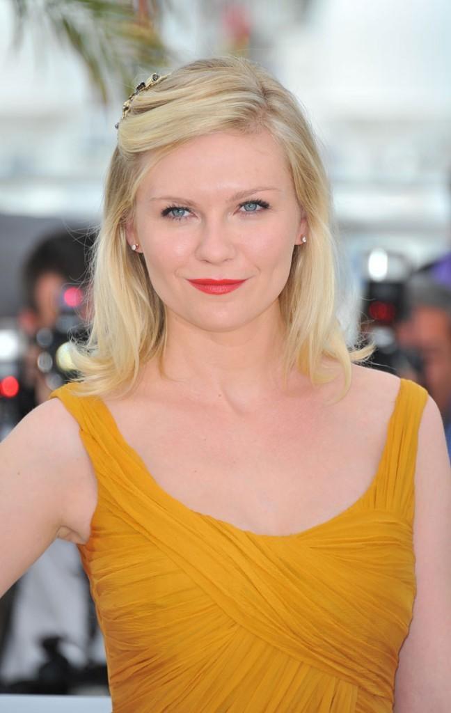 Maquillage de star au Festival de Cannes 2011 : le rouge à lèvres mat de Kirsten Dunst