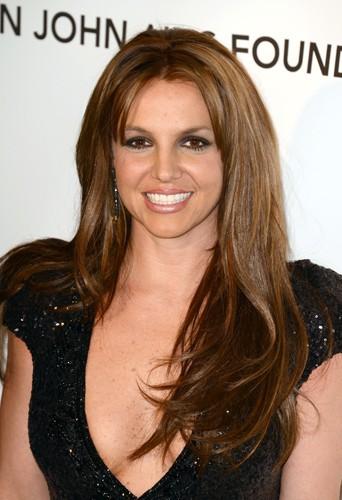Britney Spears, le brun lui va si bien !