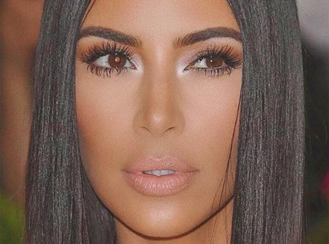 Kim-Kardashian-Elle-declare-la-guerre-a-Kylie-Jenner-et-lance-sa-propre-marque-Kim-Kardashian-West-Beauty-!_portrait_w674.jpg (674×500)