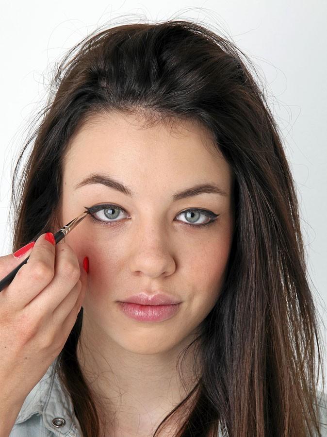 Maquillage d'AnnaLynne McCord : mode d'emploi de l'eye-liner