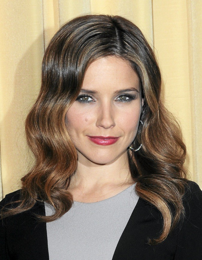 maquillage de star mode d 39 emploi du make up premier rdv de sophia bush. Black Bedroom Furniture Sets. Home Design Ideas
