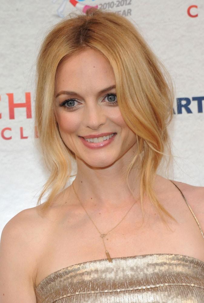 Maquillage été 2011 : Heather Graham reste sage avec un gloss naturel