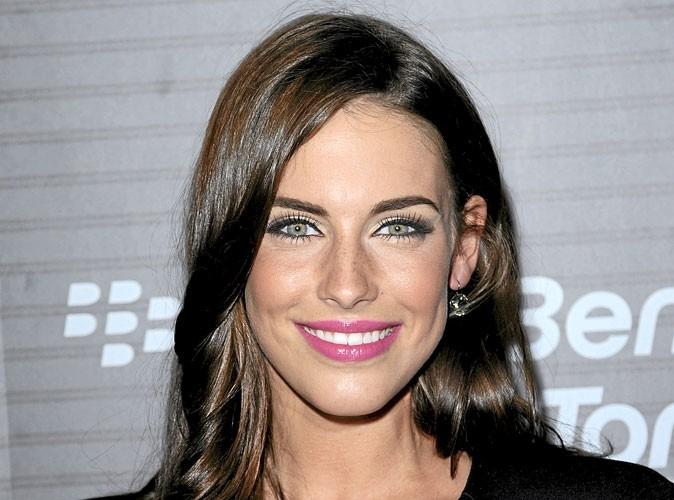 Jessica Lowndes : un maquillage fluo