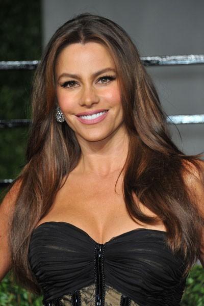 Oscars 2011 : la coiffure brushing de Sofia Vergara