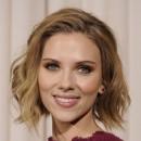 Oscars 2011 : la coiffure cheveux wavy de Scarlett Johnasson