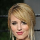 Oscars 2011 : la coiffure chignon de Diana Agron
