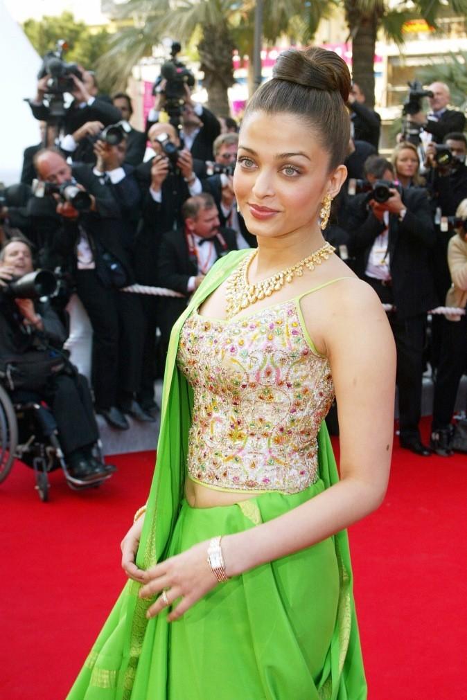 Aishwarya Rai ose le vert fluo à Cannes !