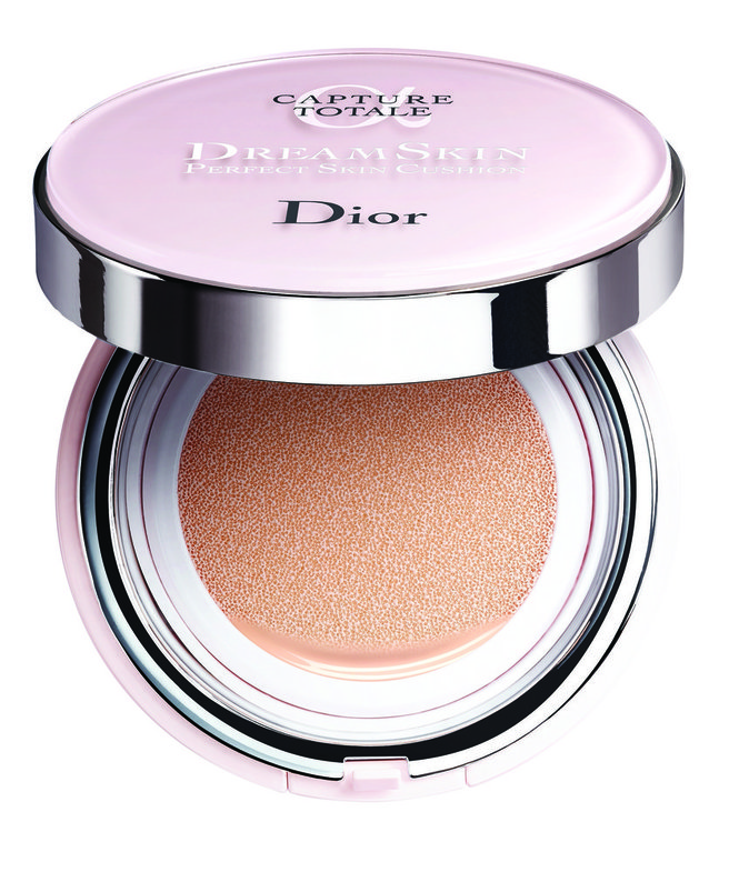 Les Cushions : DreamSkin Perfect Skin Cushion, Dior 80 €