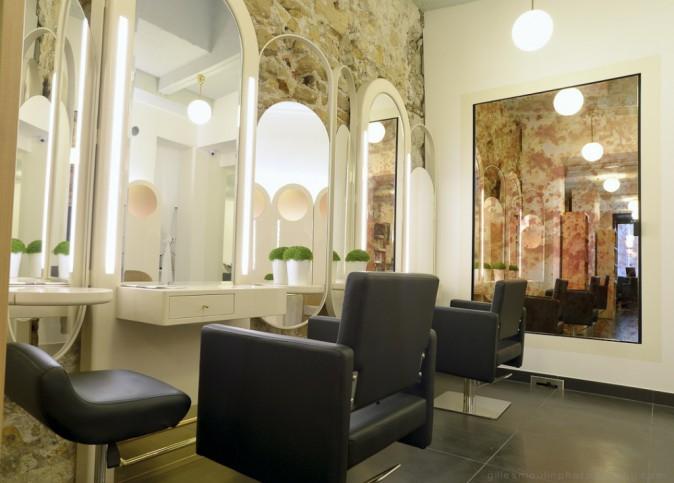 Saravy Paris Montorgueil : 29, rue Saint-Sauveur, Paris 2e. Tél. : 0185086525. À partir de 35€ les shampooing, massage et brushing.