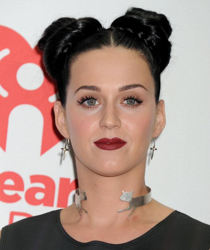 Photos : Katy Perry fête ses 32 ans : découvrez son CV capillaire !