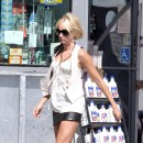 Photo : la cellulite sur les cuisses de Kimberly Stewart