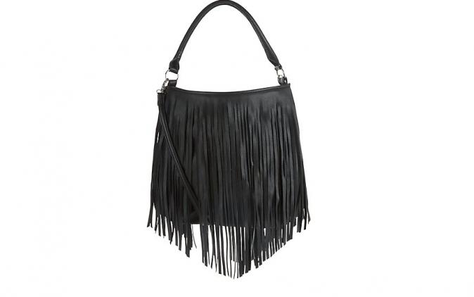 Sac noir à frange,New Look, 24,99 €
