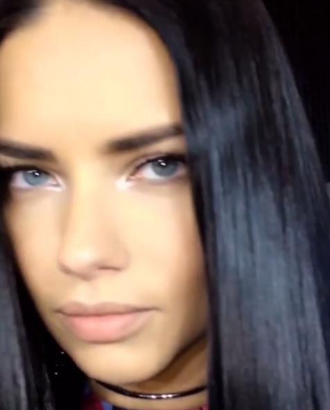 Adriana Lima maquillée par Pat McGrath
