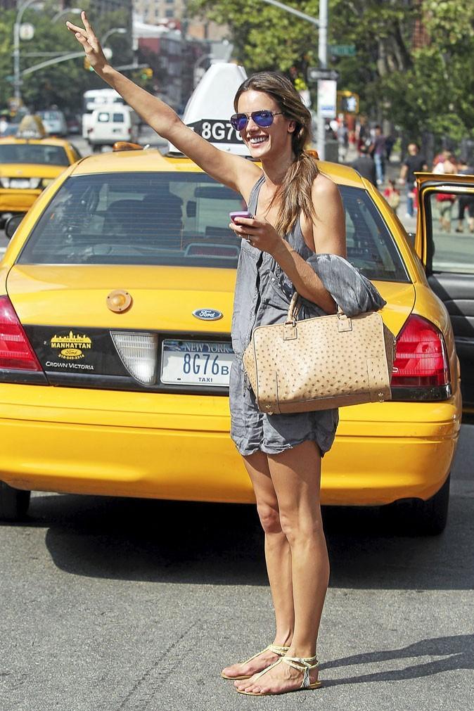 Quels produits de beauté pour partir des vacances à New York comme Alessandra Ambrosio ?