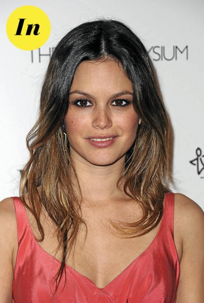 Les tendances beauté été 2011 : les paupières poudrées de Rachel Bilson