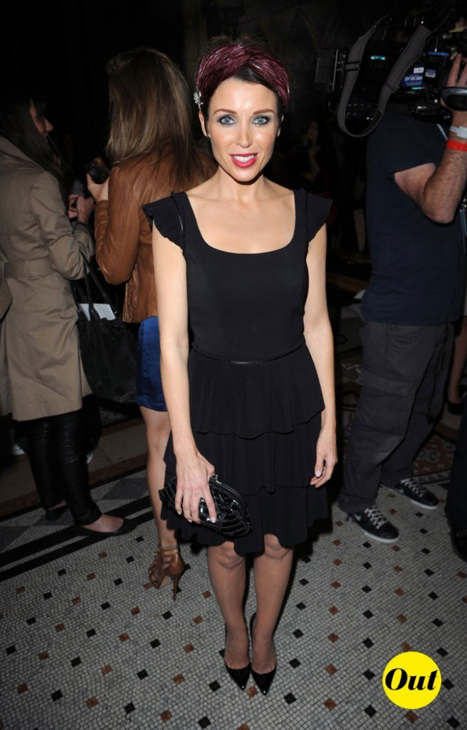 Fashion Week de Londres : Danii Minogue au défilé Giles !