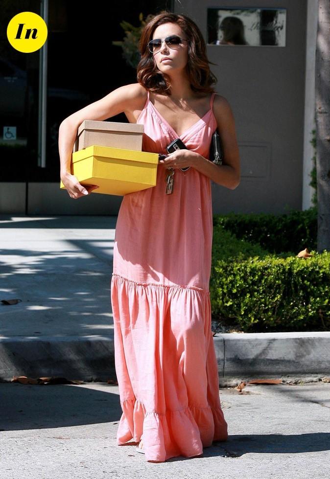 La robe de gitane rose lui va à ravir !