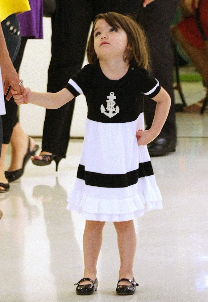 En robe de marin, elle fait l'unanimité !