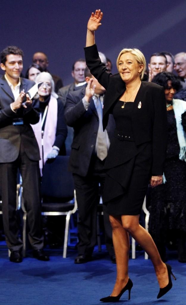 Marine Le Pen en robe