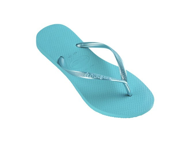 Les tongs turquoise : In !