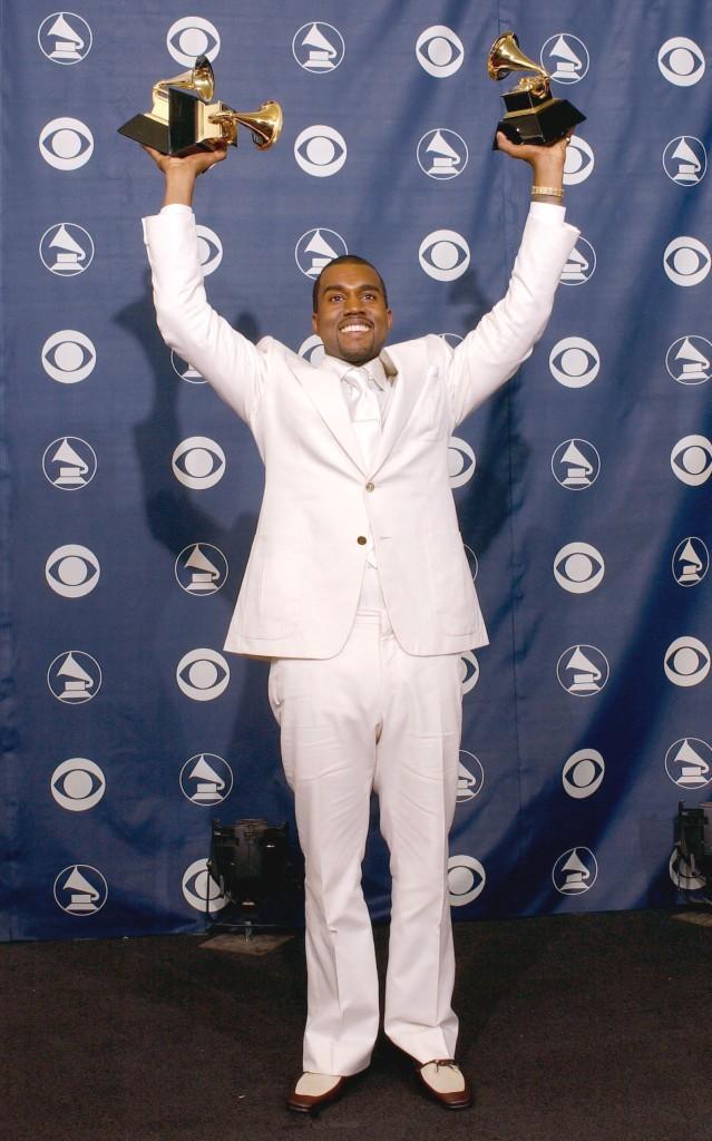 2005: Kanye lors de la 47ème cérémonie des Grammy Awards