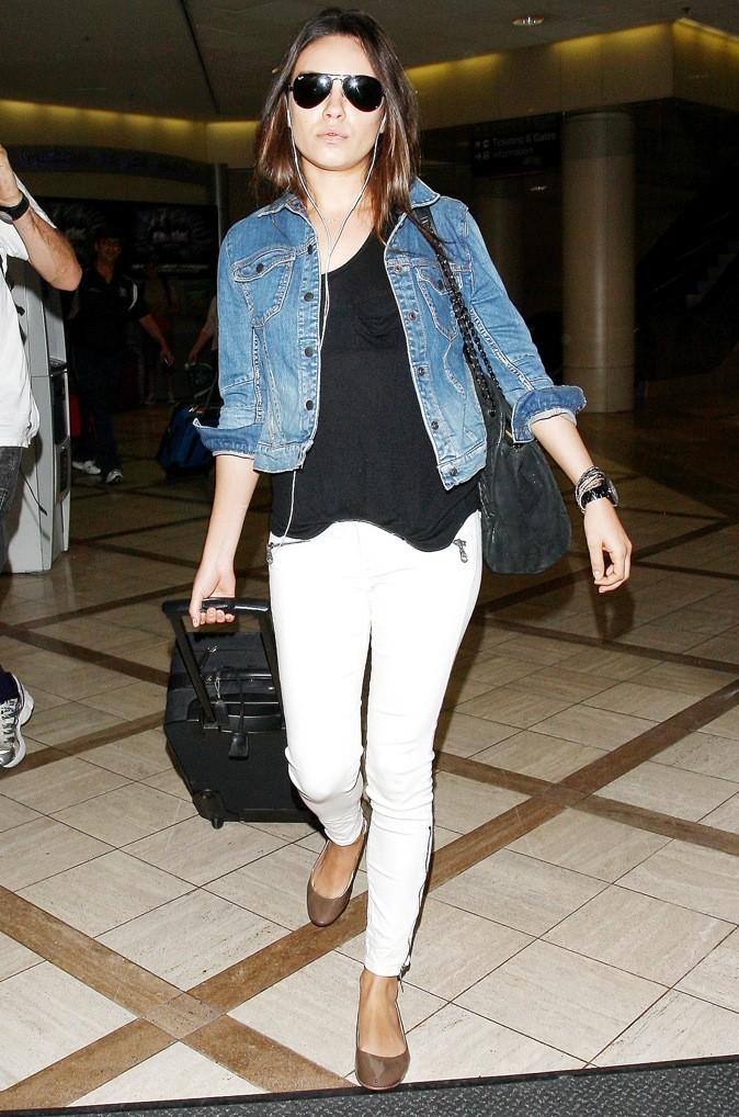2011: Stylée même à l'aéroport !