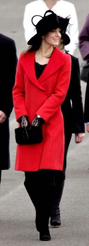 Look de star : le chapeau noir de Kate Middleton en décembre 2006