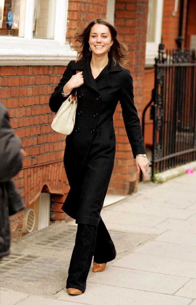 Look de star : le total look black de Kate Middleton en novembre 2006