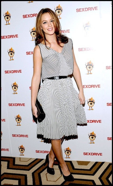 Photo : le look BCBG de Leighton Meester en octobre 2008