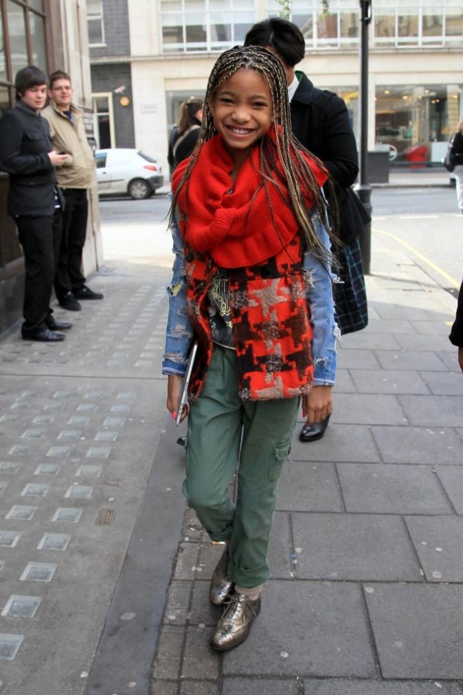 2011: Souriante à Londres