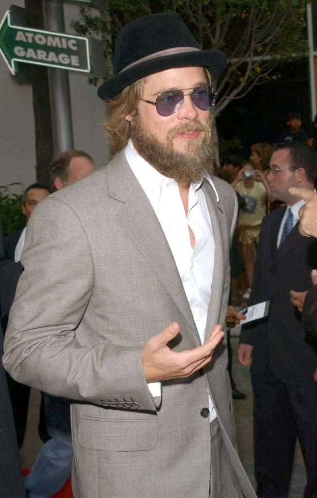 La version hippie chic de Brad?Peace and HATE !